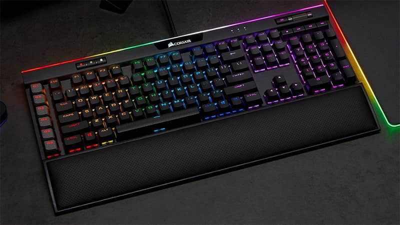 Keyboard Gaming Mechanical Terbaik - Corsair K95 RGB Platinum